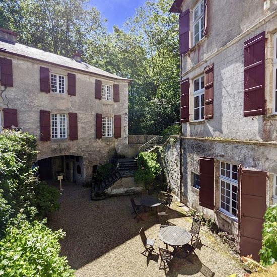 Extérieur du Château hôtel proche de Saint-Jean-de-Luz